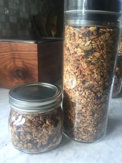 granola_jar_nutty