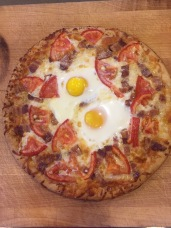 breakfast-pizza